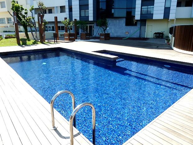 Apartment high standing with view on the sea and pool for sale in Empuriabrava