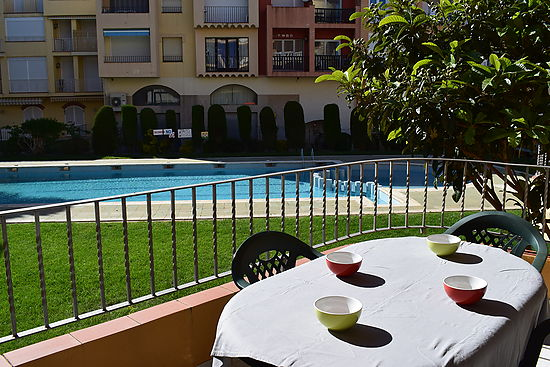 Attitude Services : apartment, for sale, with swimming pool Empuriabrava
