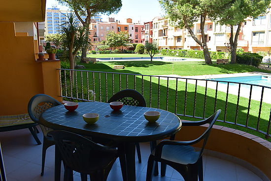 Empuriabrava, for sale, apartment, 1 bedroom, pool, near of beach and shops