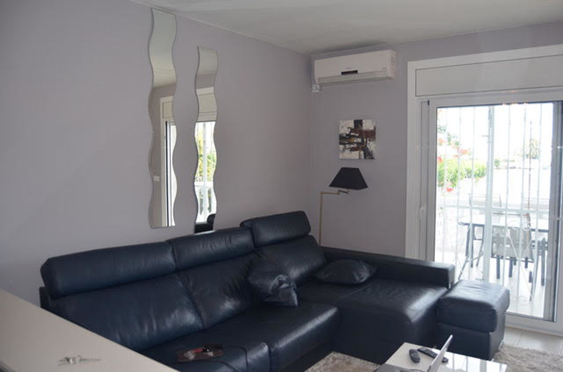 Nice Apartment With Private Mooring For Sale In Empuriabrava