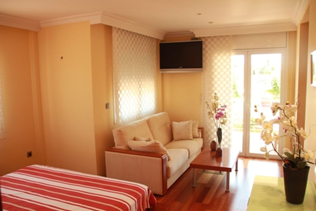 Empuriabrava, for sale, house on the canal, garage,pool and ...