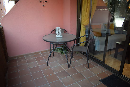 Empuriabrava, nice apartment for rent for 2/4 persons, near of the beach and center, pools and garden in the residence