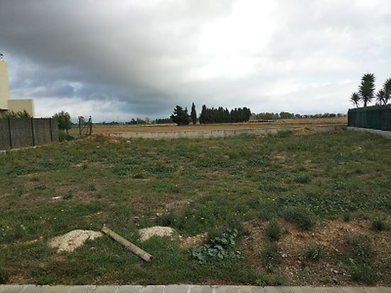 Fortia, building plot for sale, fenced, 508 m2, south orientation